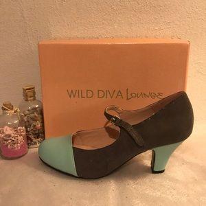 NIB - Wild Diva Lounge Mary Janes